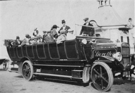 Photo:Charabanc outing from Orwell 1910-30